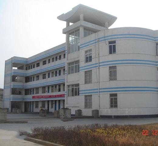 淮安市钦工中学