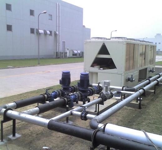 水管主机施工现场